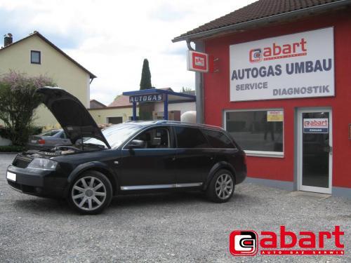 Audi Allroad-4,2-V8
