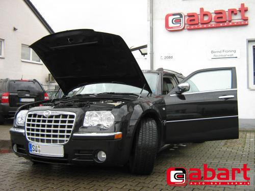 CHRYSLER 300C-Touring-3,5-V6