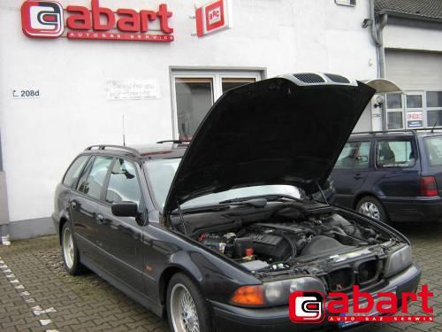 BMW 528i-Touring-E39