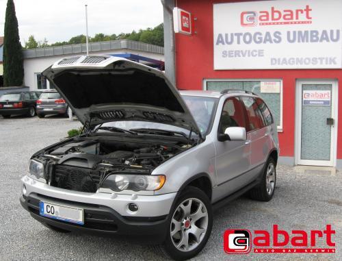 BMW X5-E53-4,4iV8