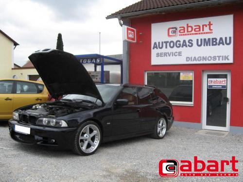 BMW 530i-Touring-E39