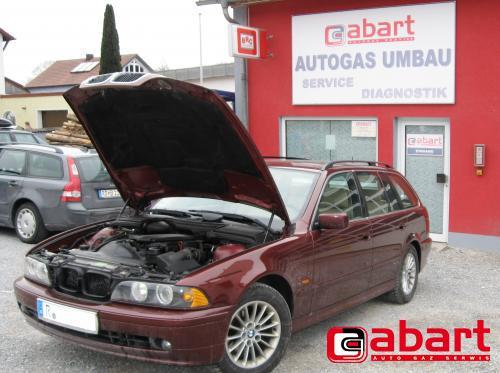 BMW 525i-Touring-E39