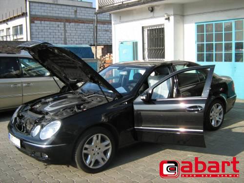 Mercedes-Benz E350-W211
