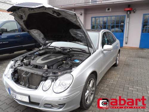 Mercedes-Benz E500-W211-285kW